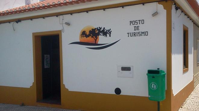 Posto de Turismo da Amareleja&#10Plaats: Amareleja, Alentejo&#10Foto: Posto de Turismo da Amareleja