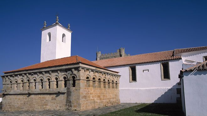 Domus Municipalis&#10Lieu: Bragança&#10Photo: Turismo de Portugal