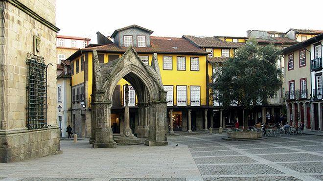 Largo da Oliveira&#10Photo: CMG PPacheco