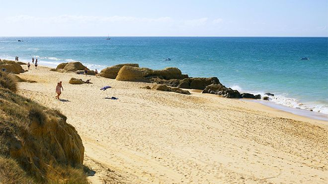 Praia da Galé&#10Foto: Helio Ramos - Turismo do Algarve