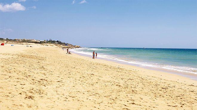 Praia dos Salgados&#10Photo: Helio Ramos - Turismo do Algarve