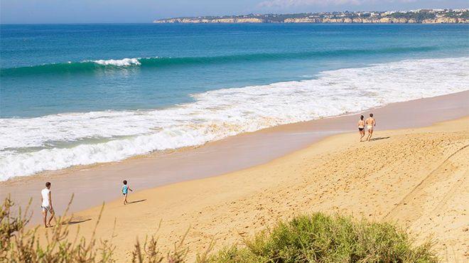Praia Grande - Armação de Pera&#10Foto: Helio Ramos - Turismo do Algarve