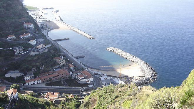 Porto de Recreio da Calheta