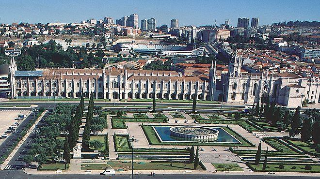 Mosteiro dos Jerónimos&#10Place: Lisboa