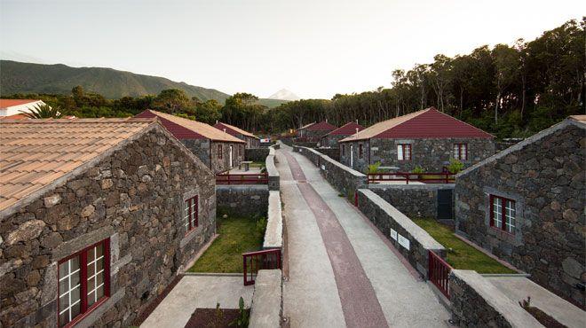 Aldeia das Adegas&#10Local: Pico&#10Foto: Aldeia das Adegas