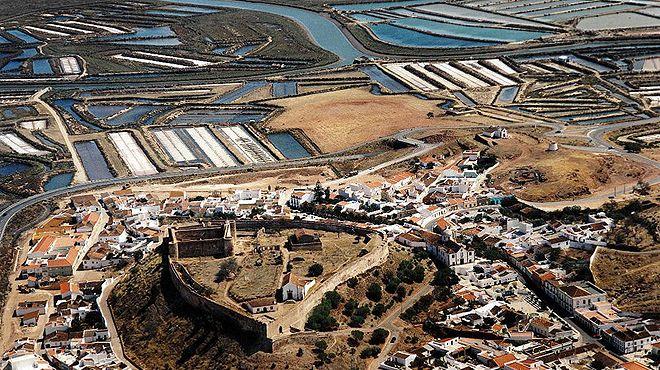 Castelo de Castro Marim - Grande Rota do Guadiana&#10Place: Castro Marim&#10Photo: Odiana