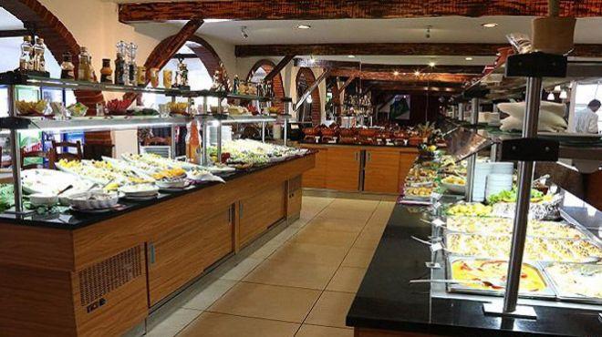 Restaurante Rodízio Brasil - Giramar&#10Место: Almada&#10Фотография: Restaurante Rodízio Brasil - Giramar