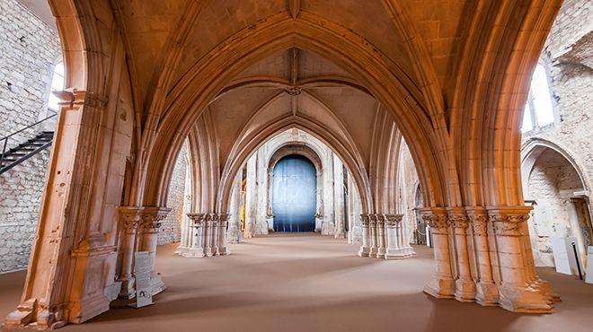 Convento de São Francisco&#10Ort: Tomar&#10Foto: Shutterstock_StockPhotosArt