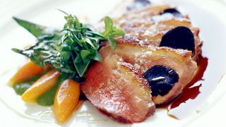 Prato de bacalhau&#10Photo: Grupo Lagrimas