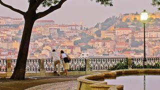 Miradouro de São Pedro de Alcântara&#10Place: Bairro Alto&#10Photo: Bairro Alto
