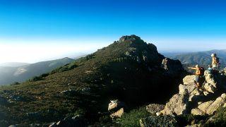 Percursos nos Penedos de Góis&#10Plaats: Serra da Lousã&#10Foto: Paulo Magalhães