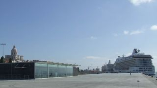 Porto de Lisboa - Santa Apolónia&#10Local:Lisboa&#10Foto:Administração Porto de Lisboa