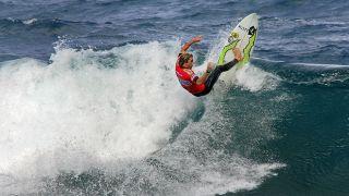 Surf&#10Ort:Açores&#10Foto:Turismo dos Açores / Publiçor