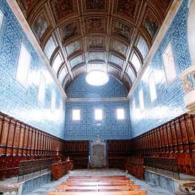 Mosteiro de Santa Maria de CósLieu: Cós - AlcobaçaPhoto: Turismo de Leiria-Fátima