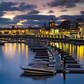 Marina de Ponta Delgada写真: Turismo dos Açores