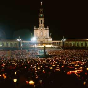 Pilgrimage to Fatima - Candlelight Procession
