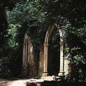 Jardins da Quinta das Lágrimas - Fonte dos Amores場所: Coimbra