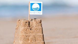 314 praias e 17 portos e marinas galardoadas com Bandeira Azul em 2016