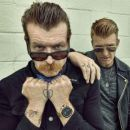 Eagles of Death Metal&#10Luogo: https://www.facebook.com/eaglesofdeathmetal?fref=ts