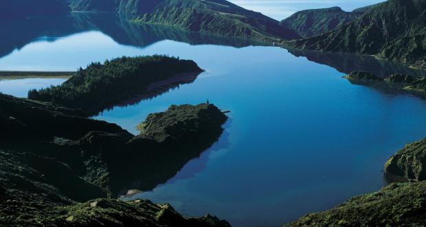 Lagoa do Fogo em S. Miguel&#10Local: Açores&#10Foto: Maurício de Abreu