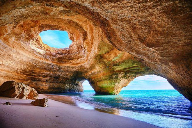 Grutas marinhas do Algarve - partida de Armação de Pêra