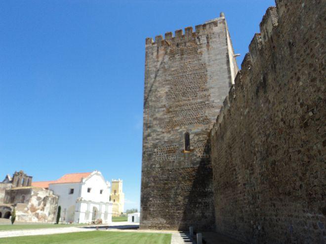 Castelo de Moura